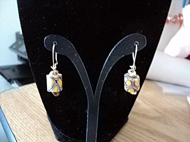 Small Hand Made Gold Tone Geometric Design Beads Dangle Earrings #00248