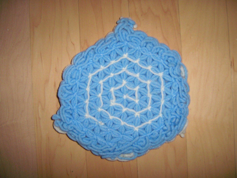 Pot Holder Knitted Blue/White BNK189