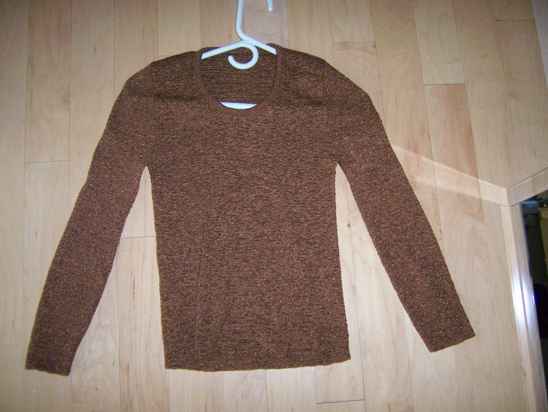 Ladies/Misses Sweater Long Sleeves Size 32 BNK287