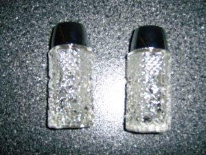 Salt & Pepper Shaker Set  BNK289