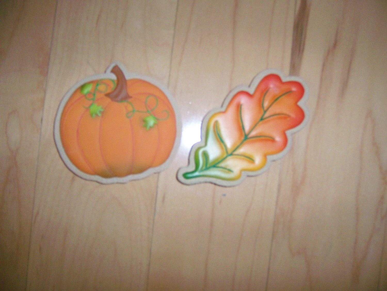 Pumpkin & Leaf Magnets For Halloween & Thanksgiving BNK577