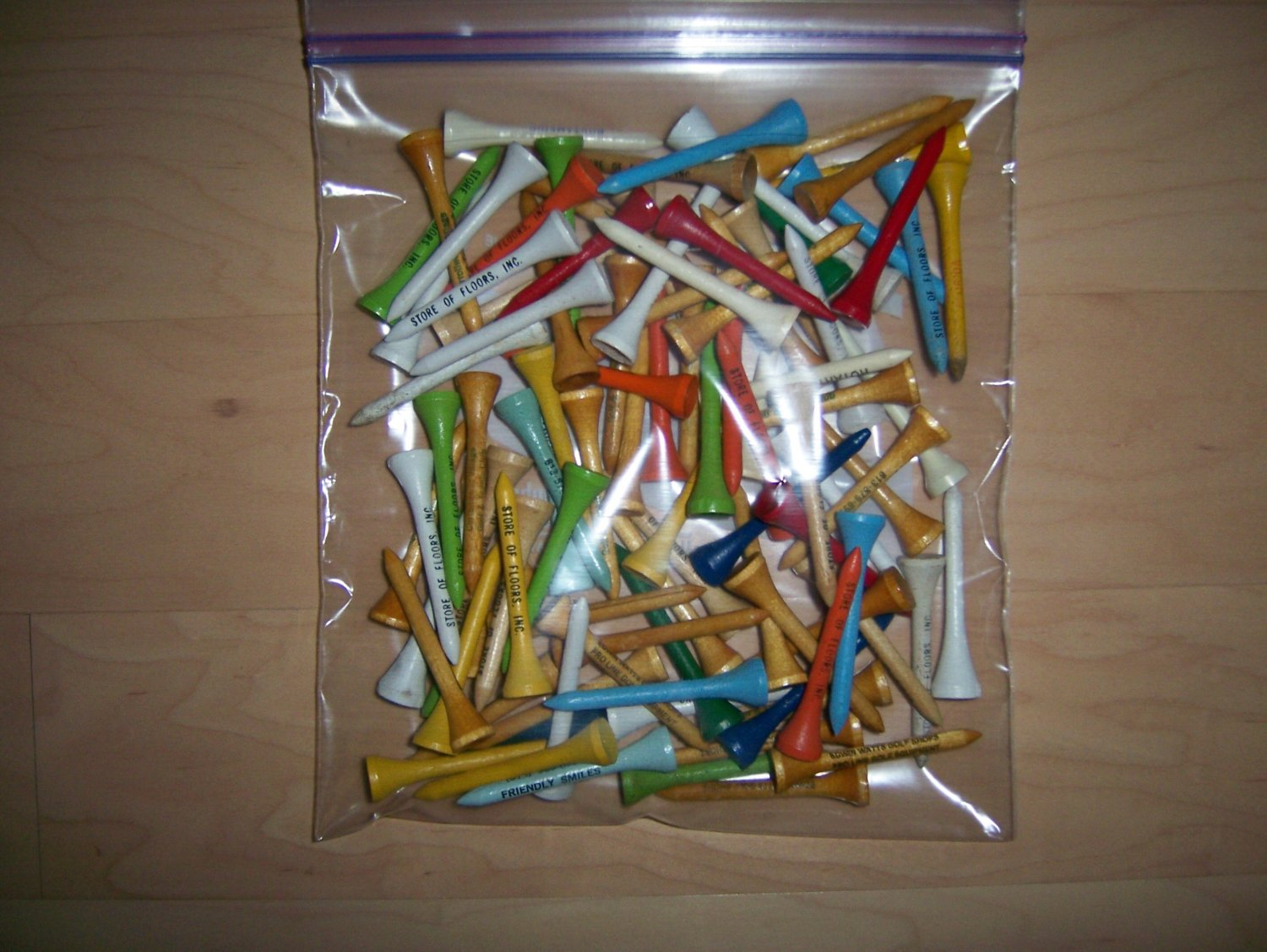 Golf Tees  100 Color Assorted BNK645
