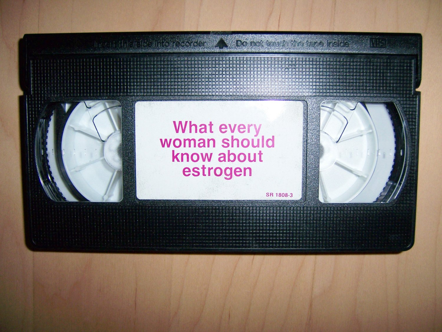 VHS What Every Women Should Know About Estrogen BNK771