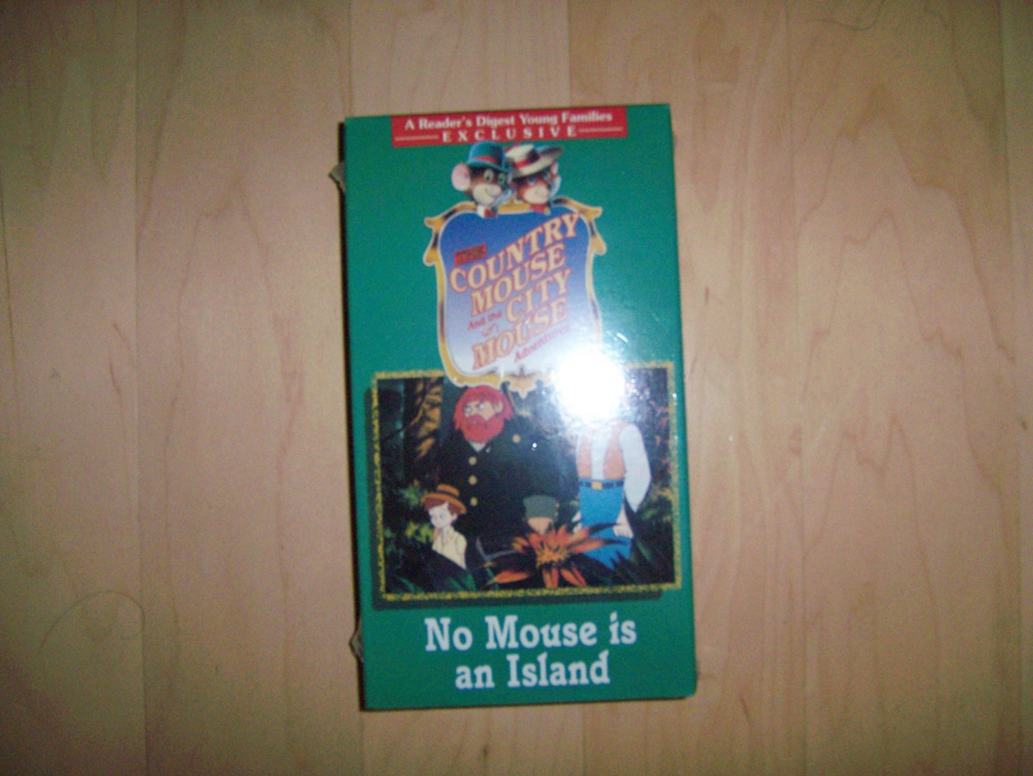 VHS Country & City Mouse  No Mouse Is An Island BNK785