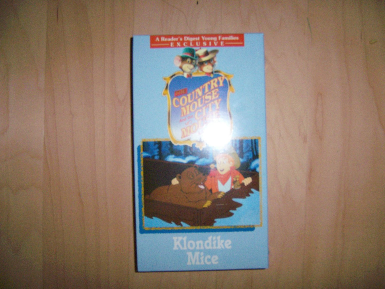 VHS Country & City Mouse Adventures  Klondike Mice BNK787