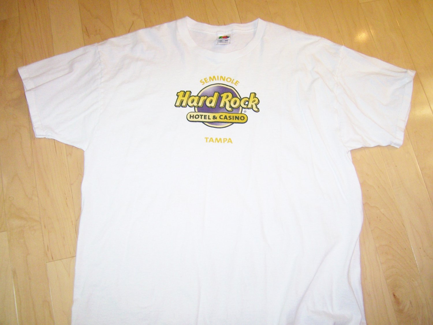 T Shirt White with Hard Rock Logo  2XL  BNK1062
