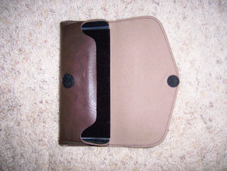 Eyeglass Case Brown Leather Snap Closure   BNK1109