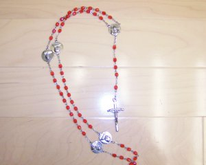 Rosary Rose Color w Immaculate Conception & Pope Between BNK1254