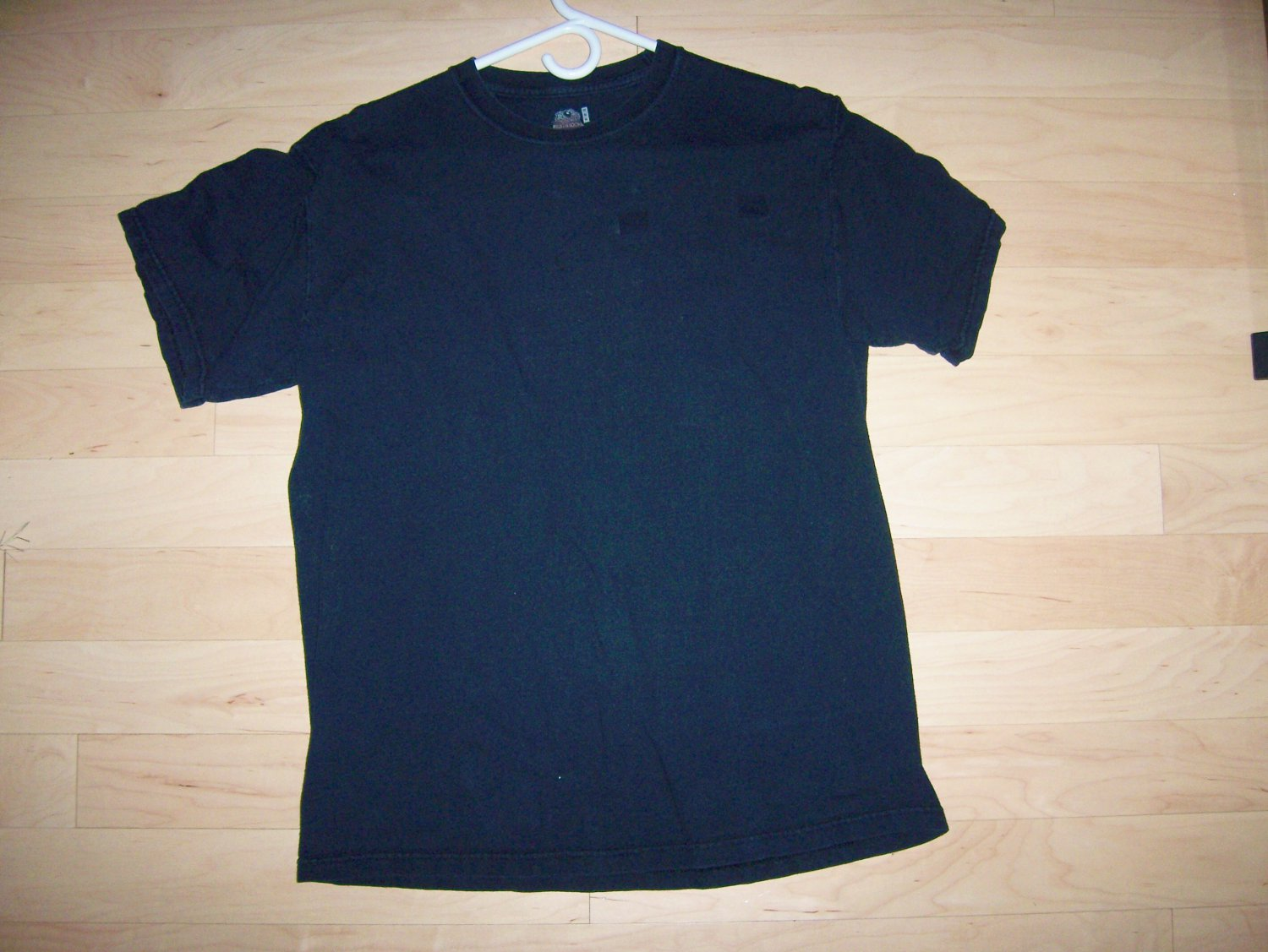 T Shirt Black Medium Unisex Medium By Fruit Of The Loom BNK1410