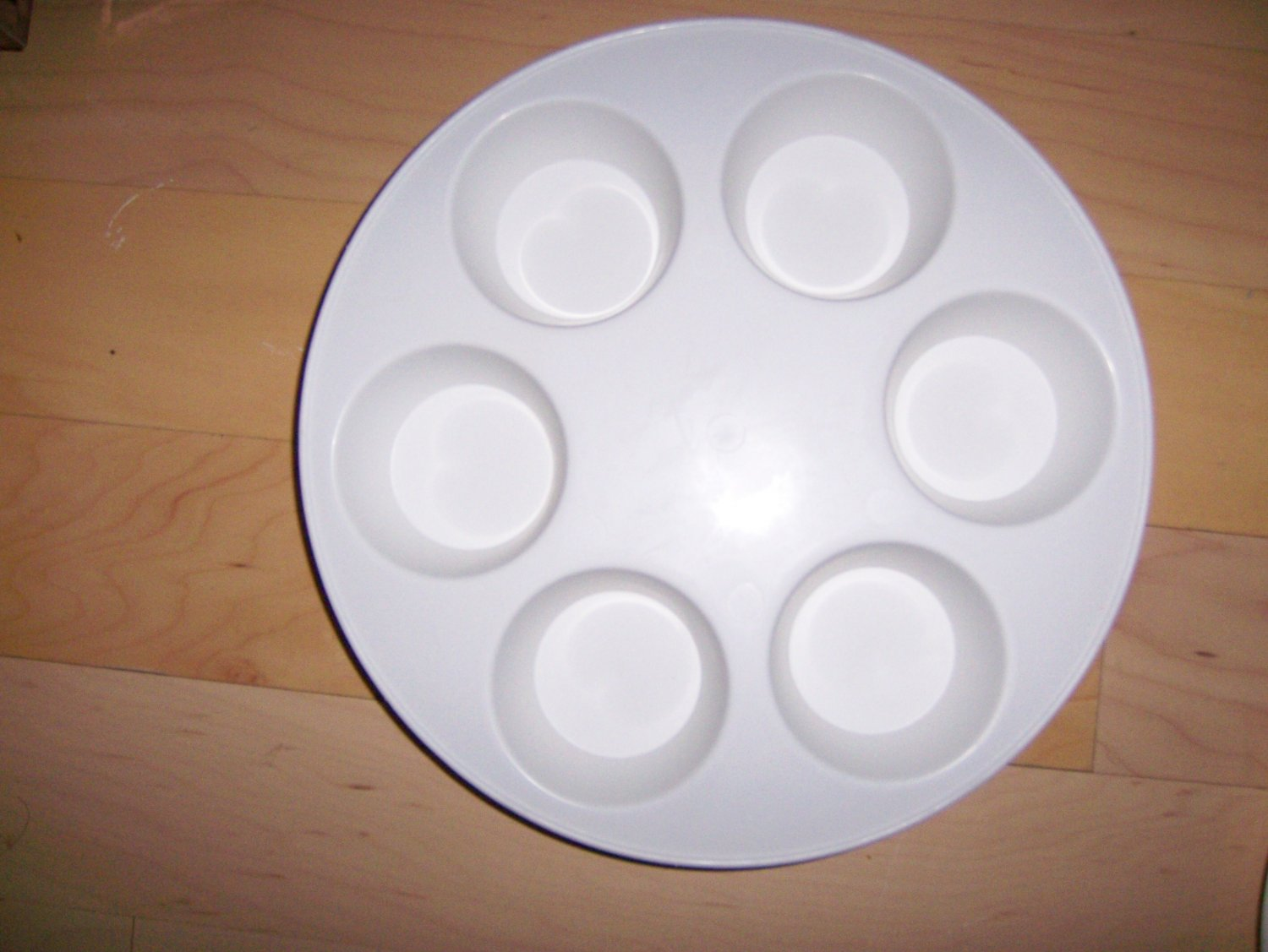 MicroWave Six Partion Dish By Tara Products USA  BNK1472