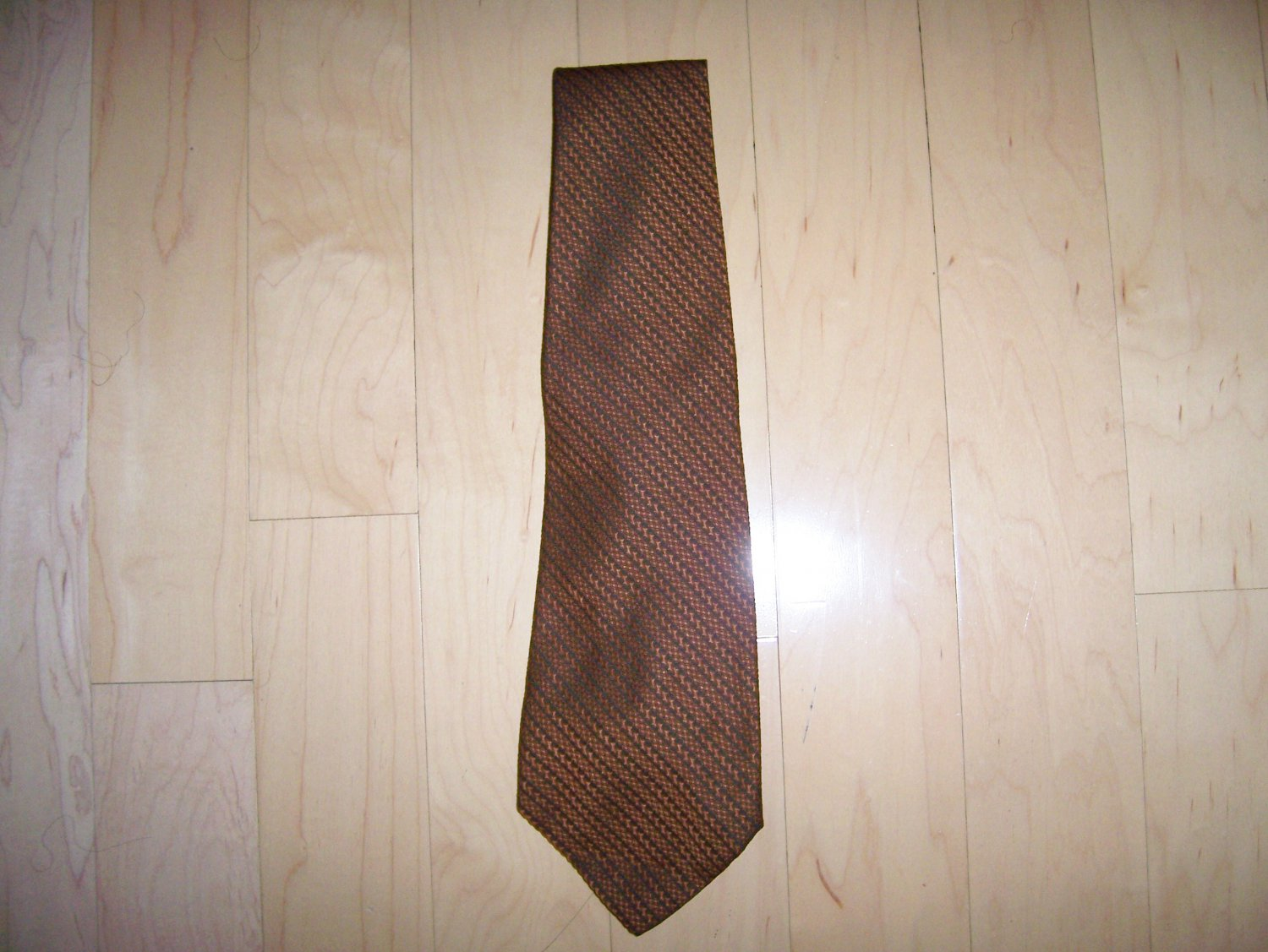 Tie Redish Brown W Black Stripes By Wm M Frazin USA BNK1483