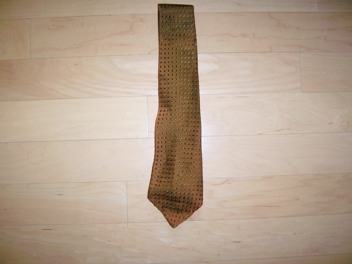 Tie Reddish Brown With Black Dots By Wm M Frazin Custom Made BNK1491