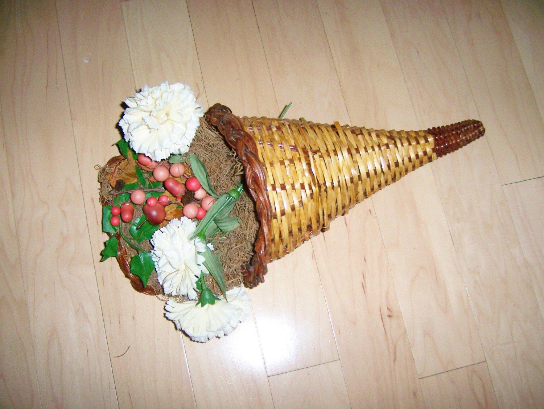 Beautiful Horn Of Plenty BNK1520