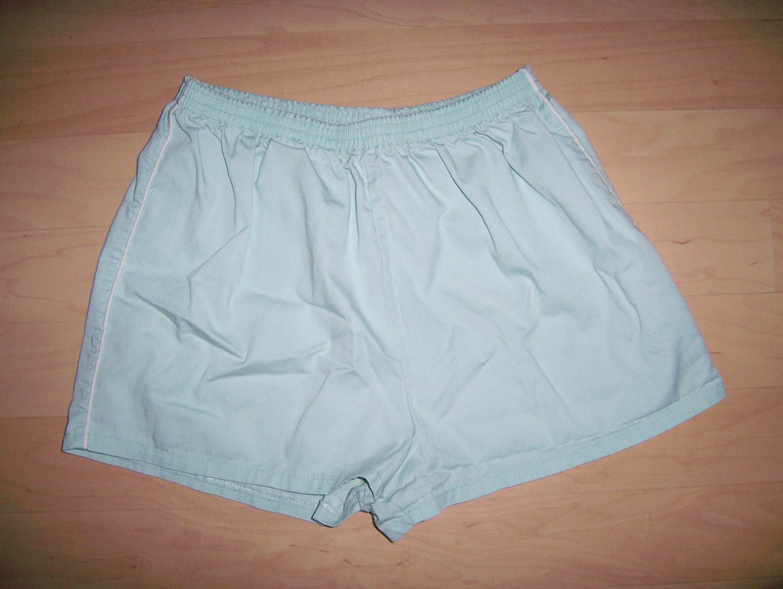 "Misses Short  Shorts Size 8  12"" Long Aqua w White Piping BNK1614"