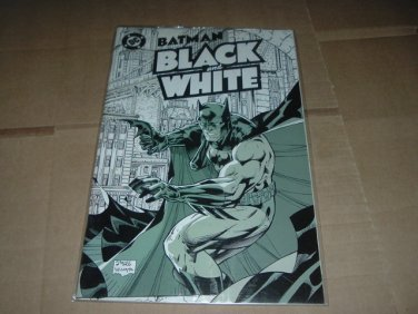 Batman: Black and White #1 JIM LEE cover, Bruce Timm story (DC Comics 1996) see Shipping Special