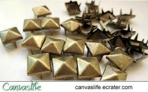 100Pcs 7mm Antique Bronze Pyramid STUDS for Craft Punk Look