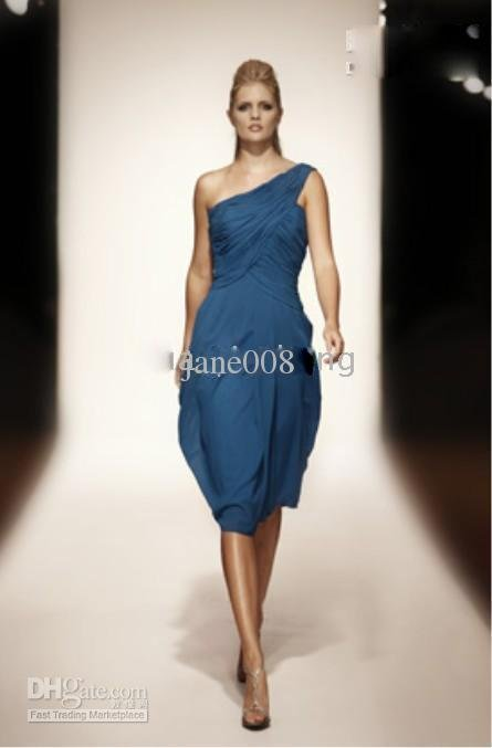 Hot Sell~~~A-Line sleeveless Evening Dresses Gown
