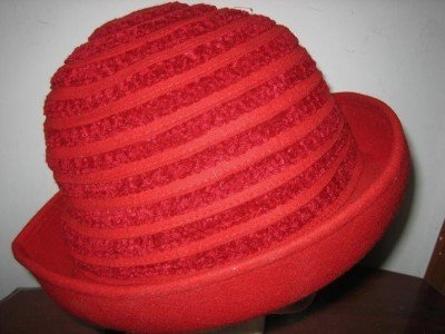 Vtg HOLT RENFREW Italian Wool Red Hat