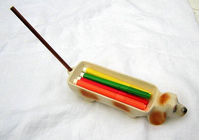 Elongated dachshund dog desk accessory or dish vintage hc1189