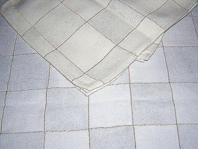 White windowpane check tablecloth 4 napkins lurex thread vintage linens hc1303