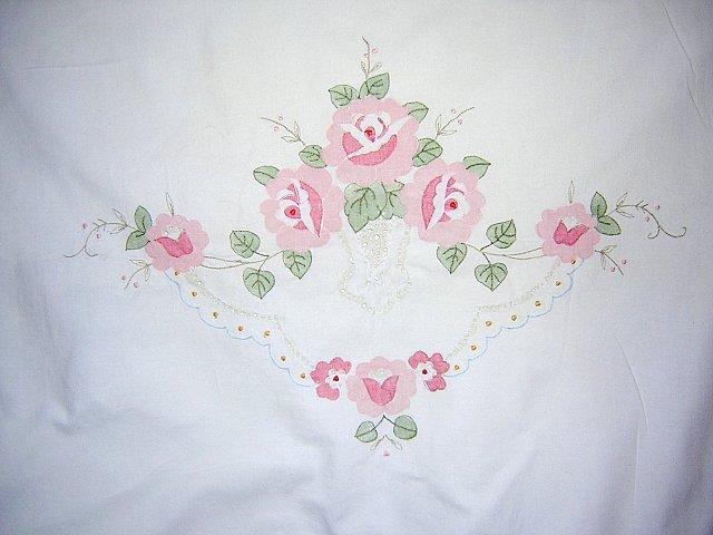 Appliqued cotton pillow sham pink roses threadwork button placket vintage linens hc1311