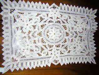 Pair Battenburg lace table place mats or doilies vintage hc1476