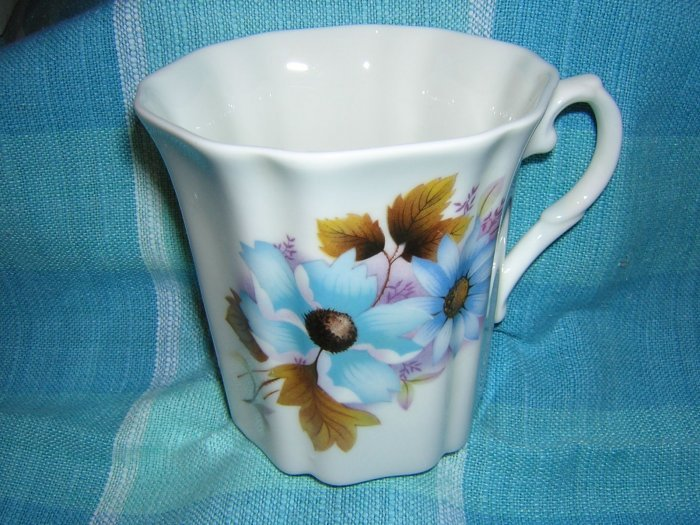 Royal Grafton bone china mug blue floral England hc1551