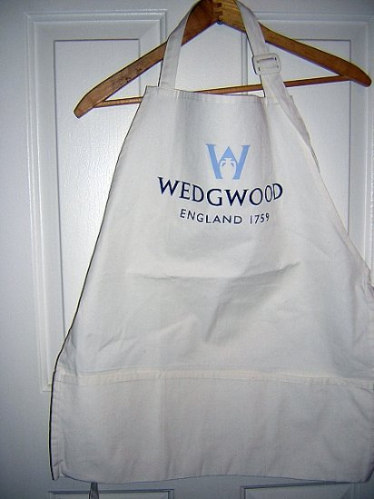 Wedgwood England chef style souvenir apron unused small hc1582