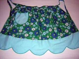 Vintage 60s hostess apron flower power daisies aqua trim hc1618