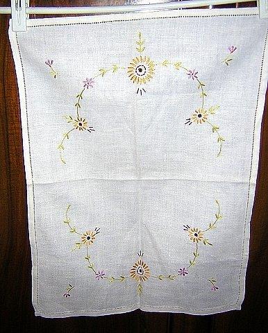 Embroidered linen tray liner dresser scarf antique hc1625