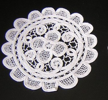 2 tape lace tiny table mats unused like Battenburg hc1705