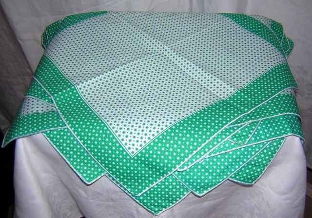 12 Star-studded cotton napkins unused green white vintage linens hc1716