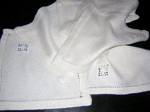 6 Tea or cocktail napkins threadwork and embroidery vintage hc1739