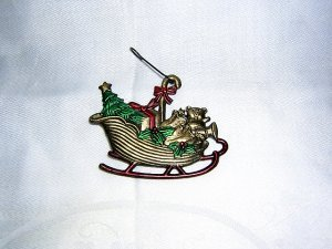 Santa's sleigh Christmas tree decoration bronze with painted details hc1781