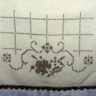 Art Deco dresser scarf table runner cross-stitch crochet edge hc1798