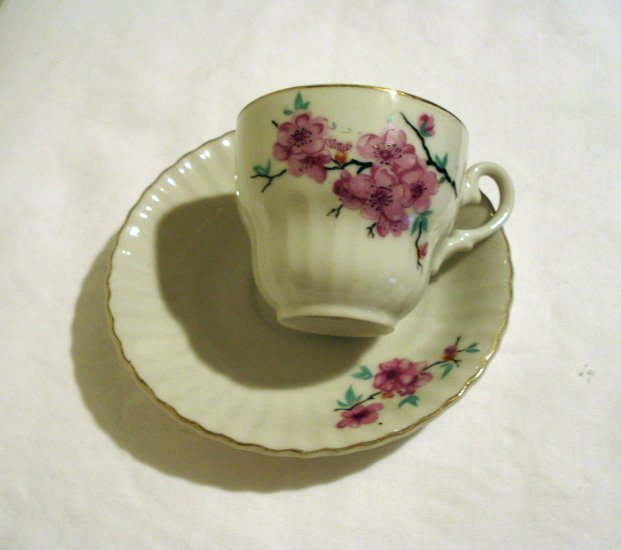 Japanese cherry blossoms fluted demitasse cup saucer bone china vintage hc1921