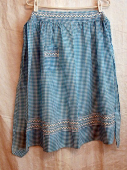 Turquoise white gingham check apron embroidered rick rack trim unused vintage hc1949