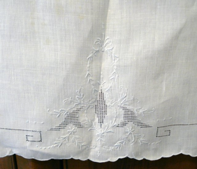 2 Victorian fine linen hand towels pale blue Madeira embroidery antique linens  hc2117