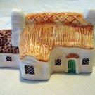 Putnam Heritage Houses Dorset Cottage 1978 ceramic miniature vintage collectibles hc2157