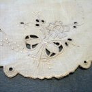 Tiny Victorian linen mat Madeira embroidery Appenzell French knots eyelets hc2173