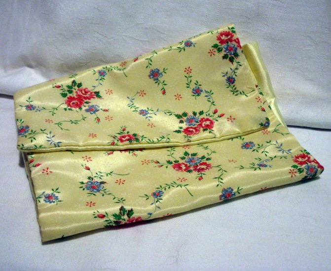 1950s Nylon satin hosiery case floral on yellow vintage unused hc2304