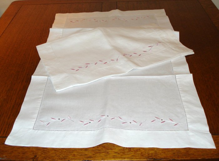 Pair embroidered linen guest towels or table runners white pink threadwork hem vintage hc2698