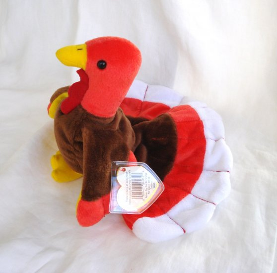 Gobbles the Thanksgiving Turkey Ty Beanie Baby toy retired mint hc2847