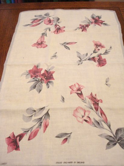 Linen tea towel trumpet flowers gray white vintage Ireland hc2885