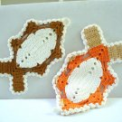 2 Fish shaped hand crocheted potholders heat pads excellent hc2967