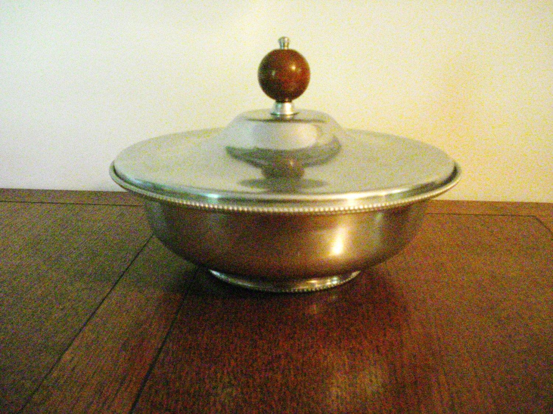 Buenilum aluminum 3 piece casserole divided Pyrex liner wood knob mid century vintage hc2977