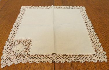 Lot of Linen/cotton and lace linens antique beige and oatmeal crocheted lace hc3348