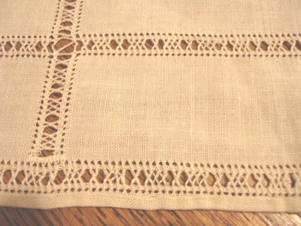 Threadwork luncheon placemats Set of 5 linen handmade sand vintage hc2370
