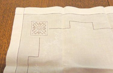 Antique white linen placemat or tray liner whitework Madeira threadwork wonderful hc3399