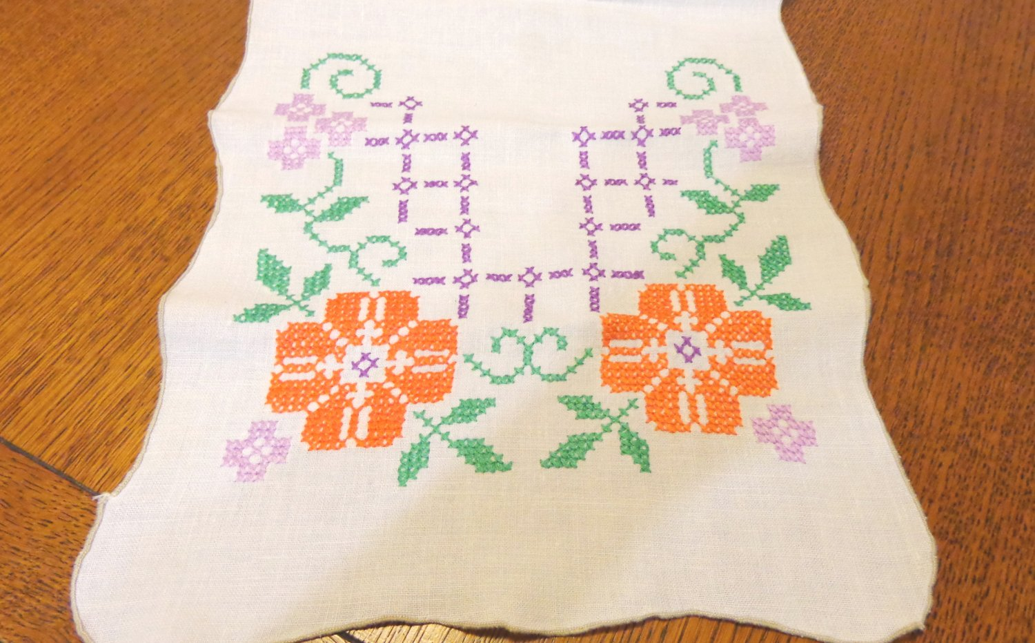 Cross stitched dresser scarf or table runner linen orange poppies large vintage hc3432